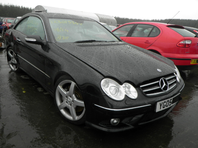 2005 mercedes clk 320 cdi breakers mercedes clk parts mercedes clk breaking. Black Bedroom Furniture Sets. Home Design Ideas