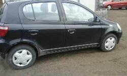 2002 TOYOTA YARIS GLS breakers