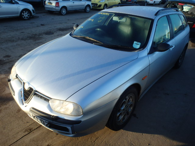 2002 ALFA ROMEO 156  breakers