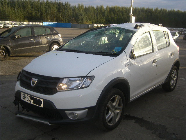 2013 DACIA SANDERO STEPWAY breakers