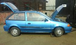 2002 SUZUKI SWIFT GLS breakers