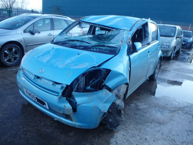 Daihatsu Sirion 1.3 Full Exhaust System 2wd Front Middle Rear Silencer 10//00