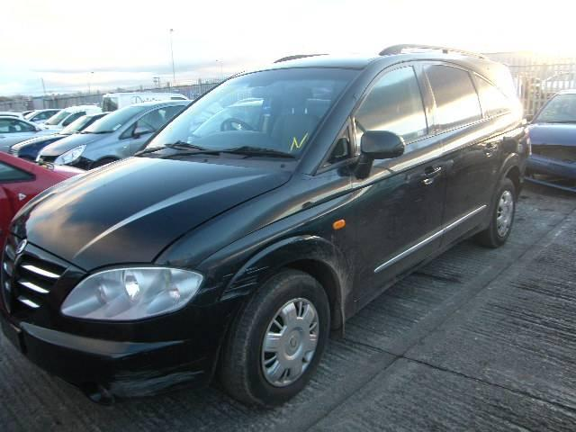2007 Ssangyong RODIUS 270 breakers