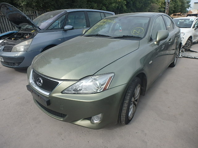 2006 LEXUS IS220 D SE breakers