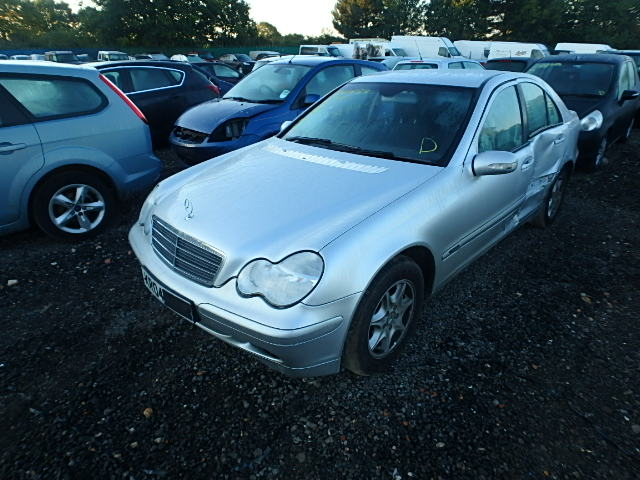 2004 MERCEDES-BENZ C CLASS 180 KOMP. breakers