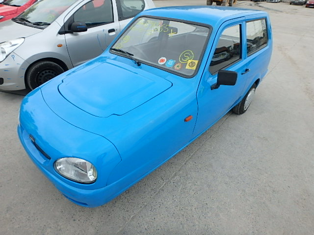 1999 RELIANT ROBIN LX breakers