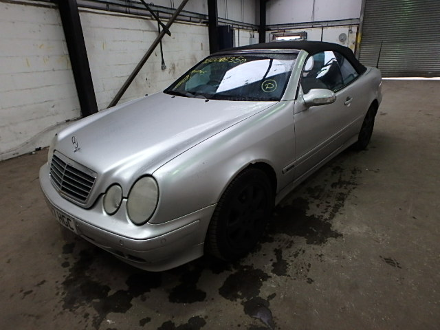 2000 MERCEDES-BENZ CLK 230 AV breakers